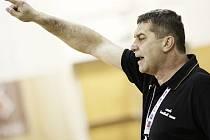 Úvodní zápas kvalifikace s Řeky prožívali naplno jak hráči, tak trenér Petr Babák.
