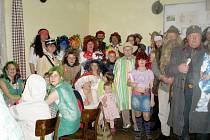 Maškarní karneval v Cidlině.