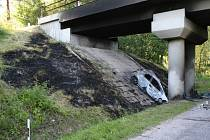 Nehoda u Hrdoňovic.