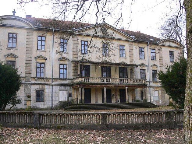 Bělohradský zámek.