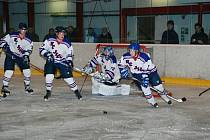 Hokejové utkání Stadion Nový Bydžov – HC Jičín.