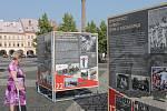 Přímo na jičínském náměstí si můžete až do 8. července prohlédnout putovní výstavu Komunismus a jeho epocha.