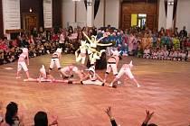 Taneční soutěž v Masarykově divadle.