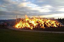 Požár seníku v Horní Nové Vsi.