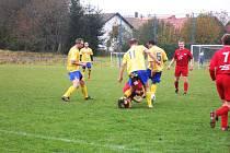Utkání Robous a Chomutic (v červeném) skončilo 1:1.