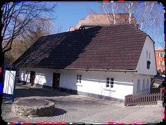 Rodný dům Aloise Jiráska v Hronově.