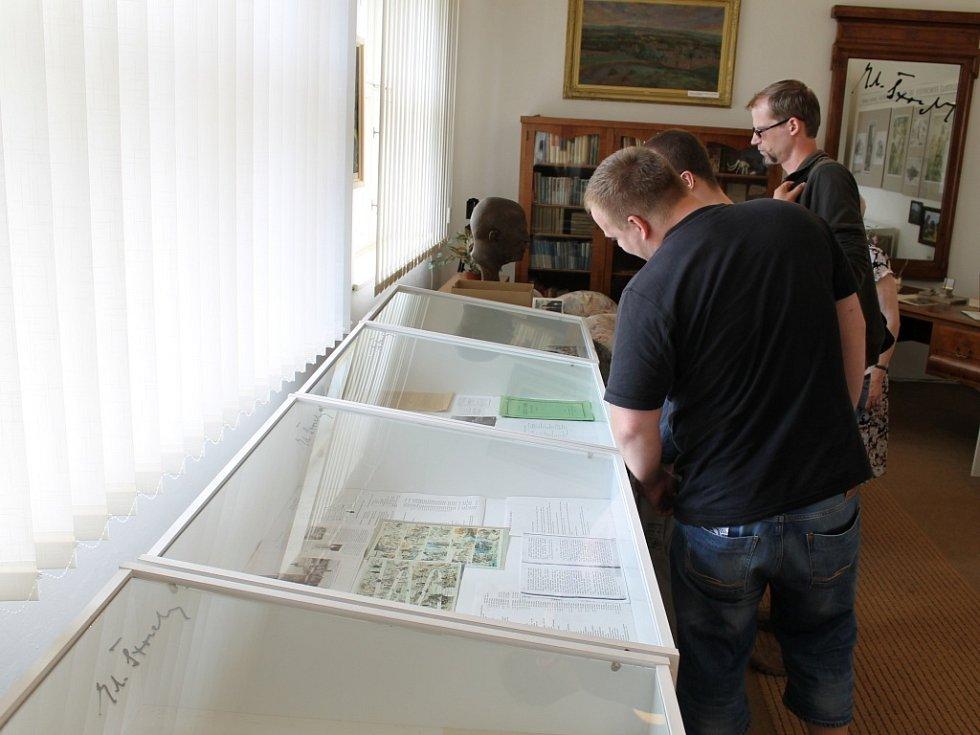 Muzeum Eduarda Štorcha v Ostroměři.