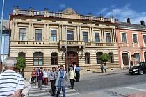 Hořice - Slavnostní otevření zrekonstruovaného muzea, které bylo zrenovováno od sklepa po půdu díky česko - polskému projektu Cesta kamene. Náklady na opravy se pohybují kolem 28 milionů.