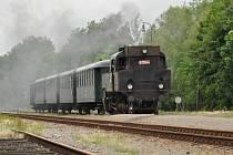 Milovníci vlaků obdivovali historickou lokomotivu