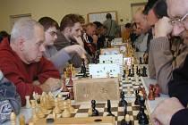 Celkem 99 účastníků usedlo za šachovnice v příjemném prostředí klubovny Obecního úřadu v Lužanech při jubilejním 30. ročníku populárního turnaje.