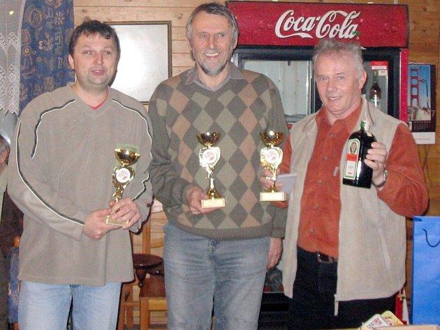 Vítězné trio ing. Josef Kopal, druhý ing. Rudolf Nedbal a 3. Jan Dodrv z Chodovic.