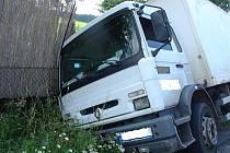 Nehoda v Tetíně.