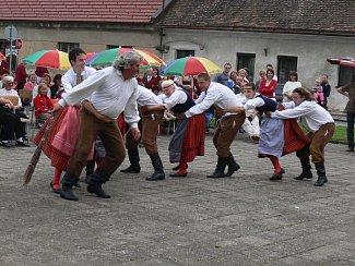 Bělohradský soubor Hořeňák.