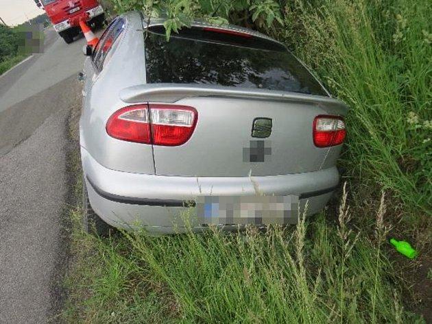 Nehoda si vyžádala tři zraněné osoby.