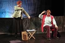 Hra Pařížanky divadelního souboru Blama.