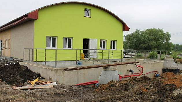 Z výstavby čistírny odpadních vod v Kopidlně.
