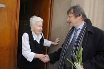 Marie Fišerová z Hořic oslavila v listopadu 2009 již 105 let.