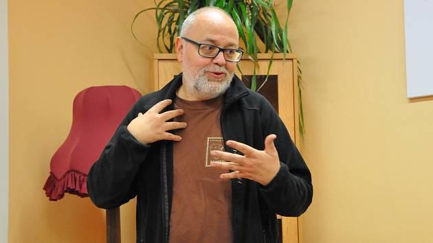 Spisovatel Aleš Palán chystá pokračování úspěšné knihy o samotářích.