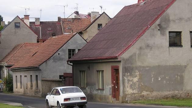 Jičínská ulice Boženy Němcové.