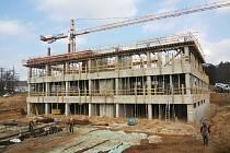 Výstavba holovouského výzkumného ústavu.