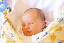 Viktorka Boušková poprvé spatřila světlo světa 3. května s váhou 2970 g a mírou 49 cm. Maminka Vendula a tatínek Lukáš z Jičína mají ze svého prvního miminka velkou radost a těší se, jak si s holčičkou užijí jarního sluníčka.