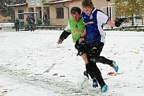 V Libuni se hrálo za těžkých podmínek.
