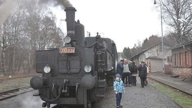 Adventní program na železnici.
