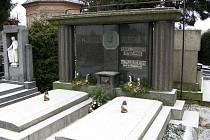 Z jičínského hřbitova.