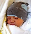 ONDŘEJ PITR se usmívá na svět od 11. července, kdy se narodil  s porodní mírou 46 cm a váhou 2,55 kg mamince Renátě Podzimkové a tatínkovi Radku Pitrovi. Rodina bydlí v Kněžmostu.