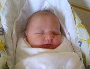 MAGDALÉNA TEJCHMANOVÁ se narodila 27. prosince s porodní mírou 48 cm a váhou 3,05 kg. Rodiče Jan a Michaela Tejchmanovi si svoje milované miminko odvezli domů do Ohavče.
