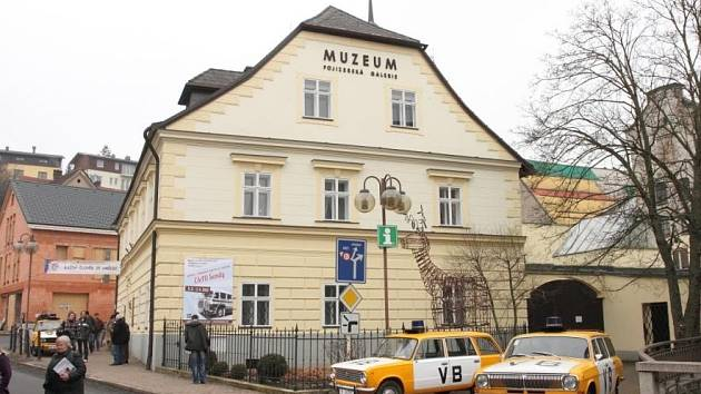 Muzeum a Pojizerská galerie.
