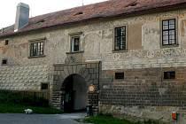 Vchod do starohradského zámku.