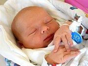 MICHAEL HEJL se na svět usmívá od 12. července, kdy se narodil  s porodní mírou 53 cm a váhou 4,20 kg rodičům Michaele a Davidovi Hejlovým. Rodina žije v Lužanech.