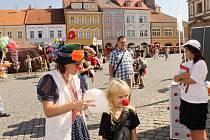 Aktivity pro děti na pohádkovém festivalu.