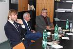 Ministr zdravotnictví Adam Vojtěch na návštěvě v jičínské nemocnici. Odjížděl spokojen, zdejší špitál prý bude dávat za vzor.