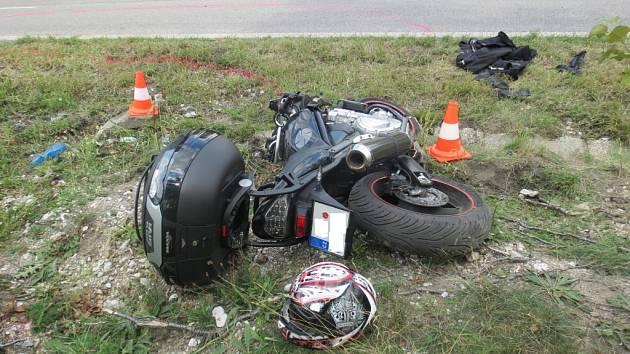 Nehoda u Staňkovy Lhoty.