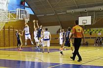 Basket mužů Nová Paka - Kbely.