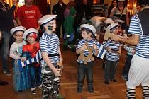 Velký dětský maškarní karneval ve Valdicích.