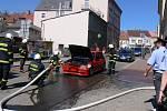Požár auta v jičínské Šafaříkově ulici.