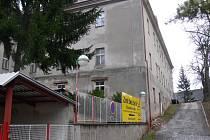 Z areálu bývalé novopacké nemocnice.