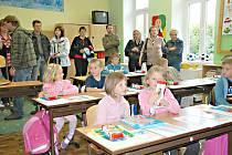 LIBUŇ. První školní den v lubuňské škole