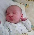 MARTIN ŠKALOUD se na svoje rodiče Nikolu a Martina Škaloudovy poprvé usmál 27. prosince, kdy se narodil s porodní mírou 49 cm  a váhou 3,15 kg. Spokojená rodina bydlí v Sýkořicích.