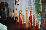 Dřevořezby z ráje - výstava v Místním vlastivědném muzeu v Železnici.