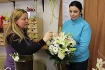 Kytičky jdou  na Valentýna také na odbyt, ale víc se jich prý prodá na MDŽ, tedy 8. března.