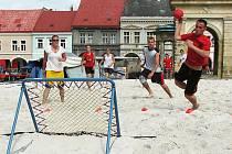 Jičínský tým - Roman Kropáček úspěšně zakončil.