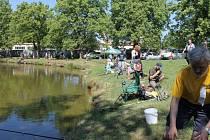 Rybářské závody v Nové Pace.