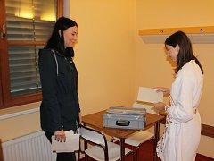 Volby v Oblastní nemocnici Jičín.