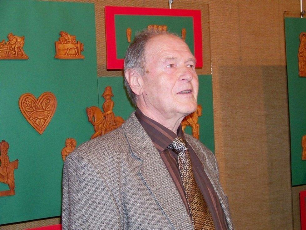 Oldřich Kvapil.