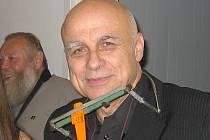 Ivan Mládek před koncertem.