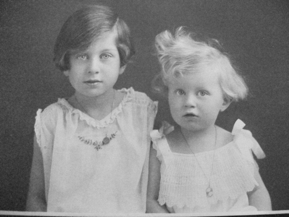 Rodinný portrét. Foto: Paměti národa Východní Čechy